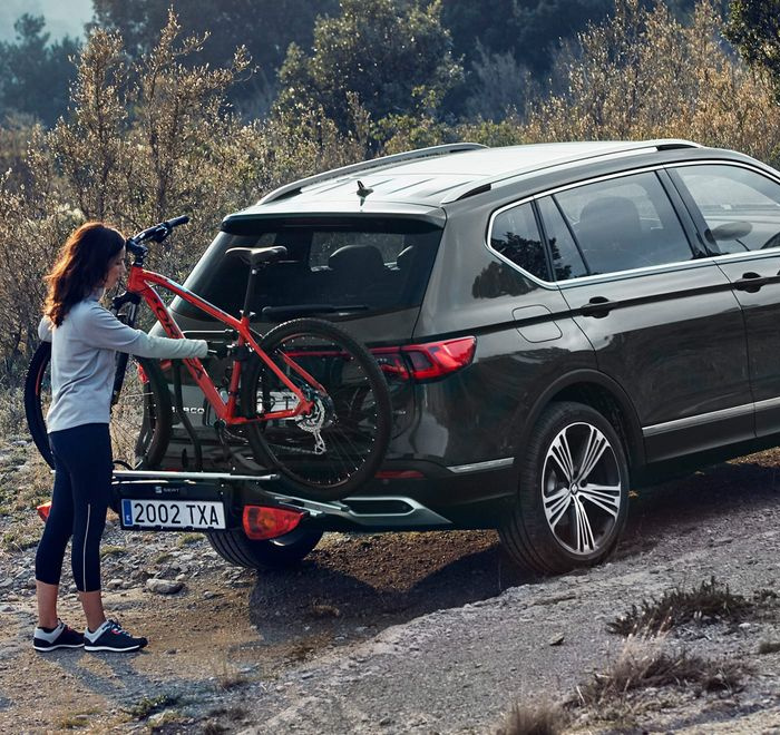 new-seat-tarraco-suv-7-seater-accessories-extra-storage-solutions-bike-rack.jpg