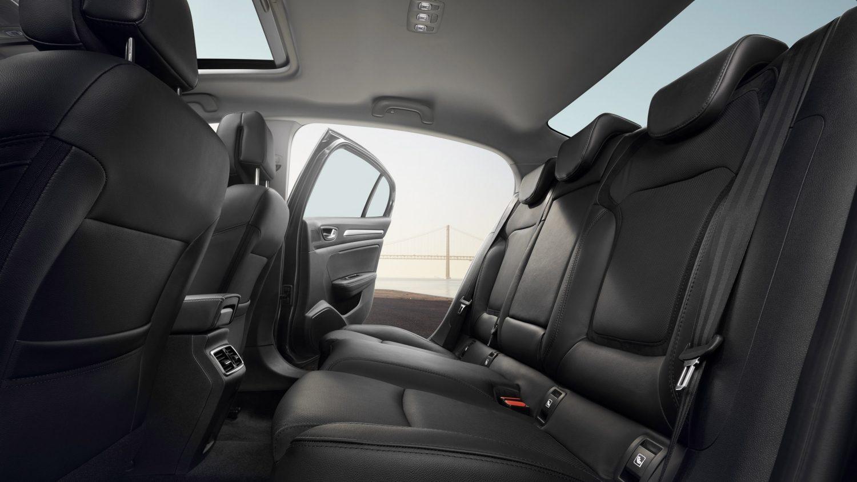 renault-megane-sedan-lff-ph1-design-012.jpg.ximg.l_full_m.smart__1_.jpg